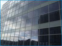 Стеклянные фасады зданий - алюминиевое остекление от компании «АроБер»